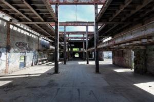 z1 empty factory 01